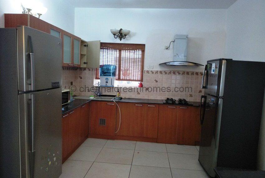 Modular-Kitchen-with-Island