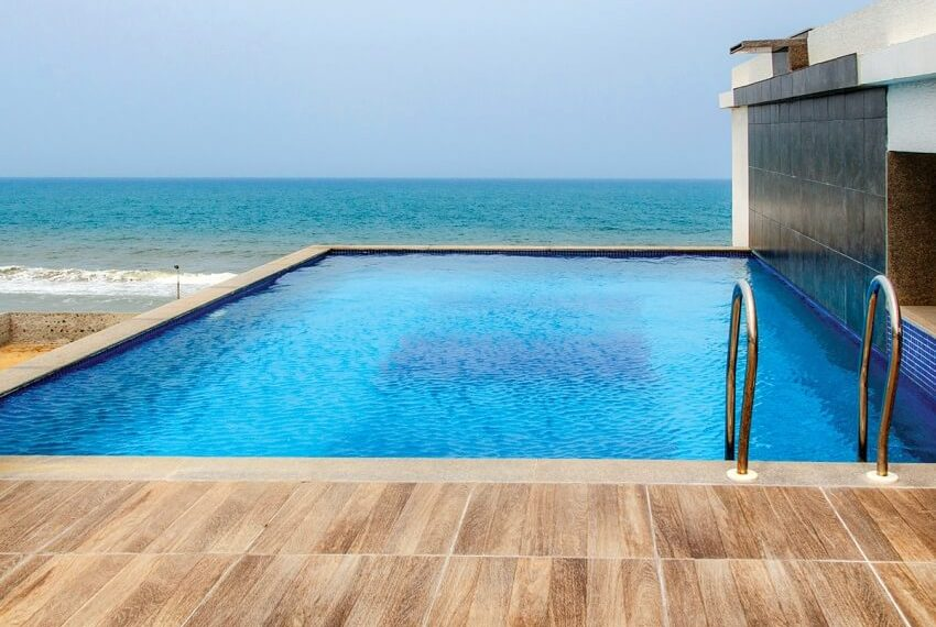 Terrace-pool-with-sea-view