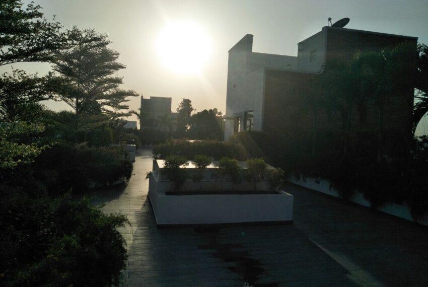 Landscaped-garden-terrace-sunset-view
