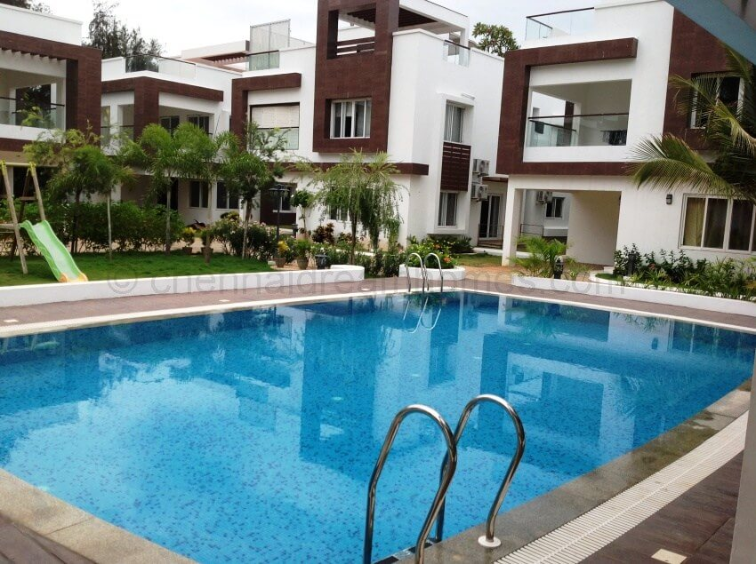 Villa for rent in chennai large 3 bhk gated villa for rent in ecr for Kodaikanal cottage with swimming pool