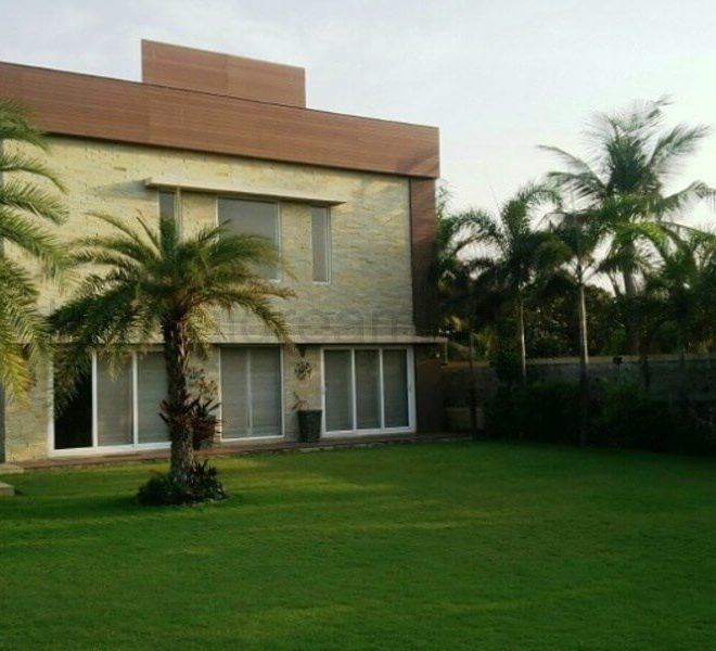 beach house for rent in ecr