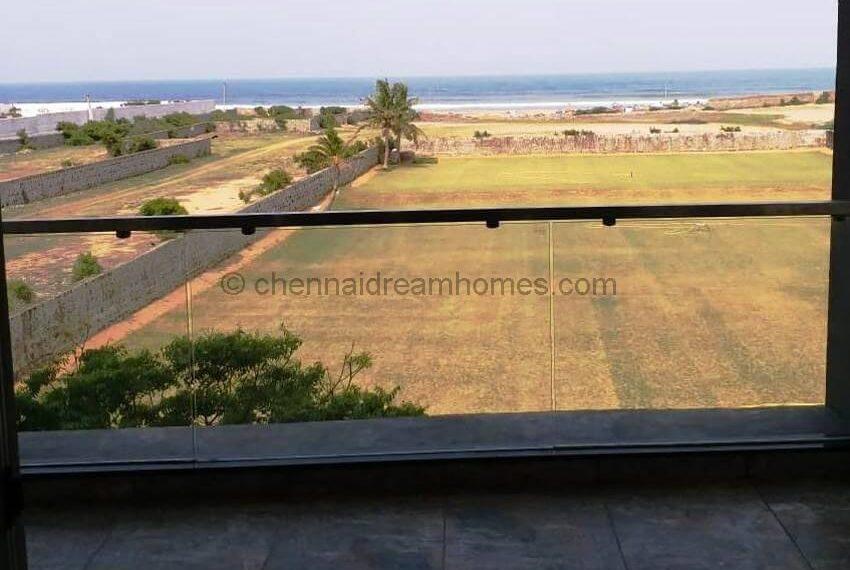 direct-sea-view-balcony