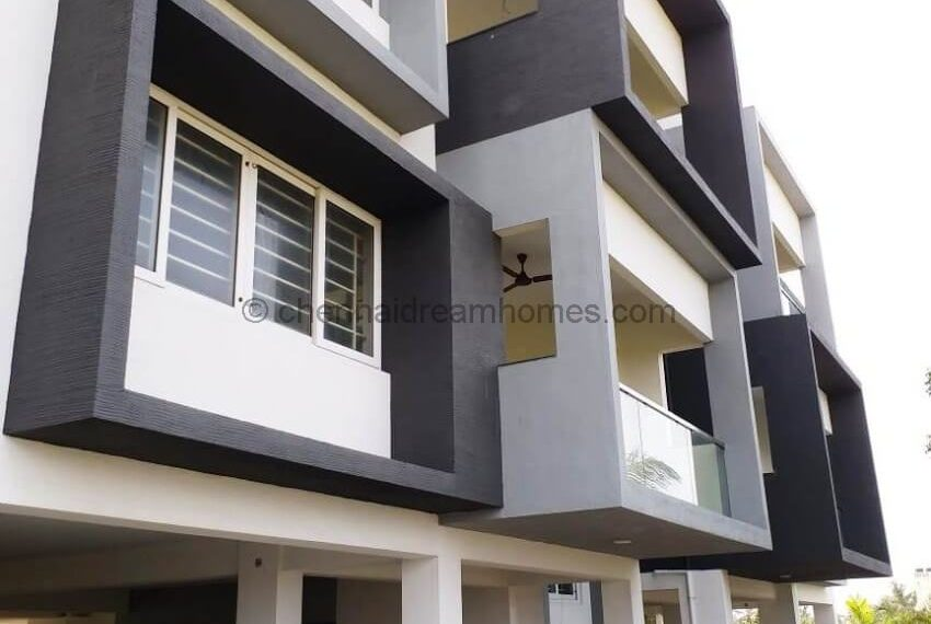 flat for sale in ecr