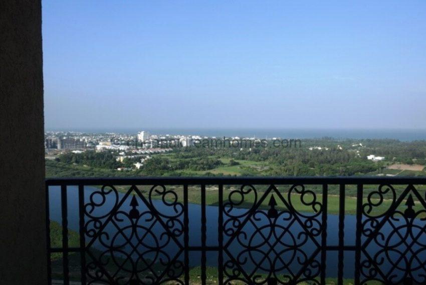 sea-view-balcony